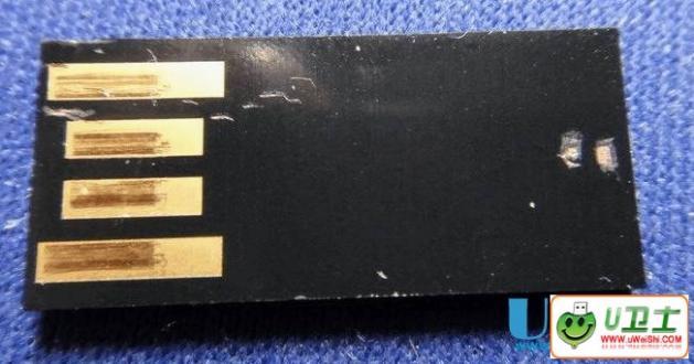 PNY X1薄片式U盘怎么短接修复的方法